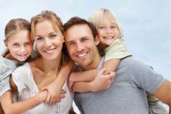 Патриарх Кирилл: Идеалом молодой жизни должно быть создание семьи