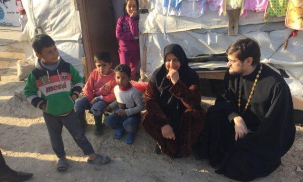 Митрополит Иларион: Доставляя гумпомощь сирийцам, священники рисковали своей жизнью