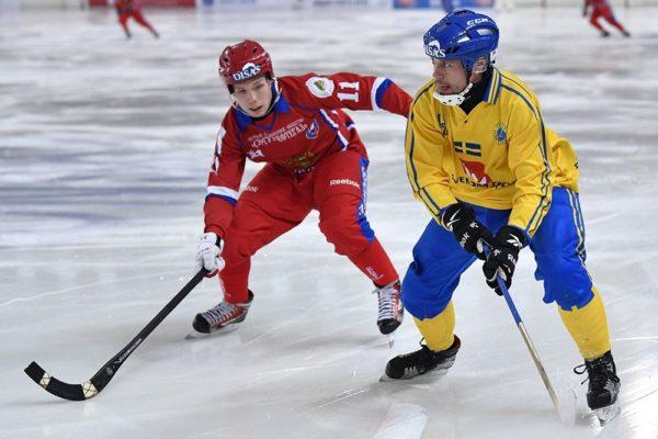 Патриарх поздравил сборную России по хоккею с мячом с победой на чемпионате мира