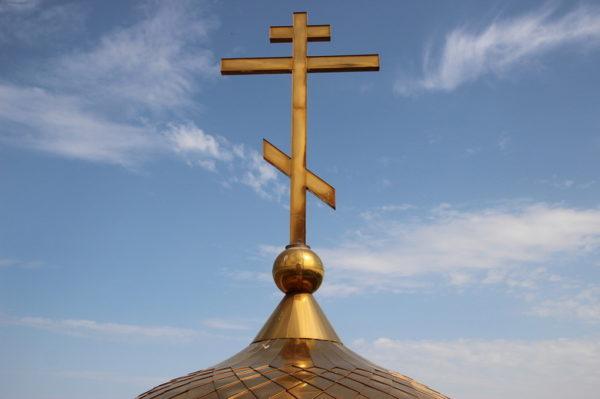 В Ростове-на-Дону восстанавливают временный храм после поджога