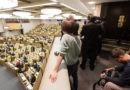 РБК отозвал журналистов из Госдумы, а «Коммерсант» объявил бойкот Слуцкому и комиссии по этике
