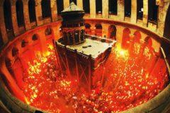 Русская Церковь имеет научные доказательства «чудесности» Благодатного огня
