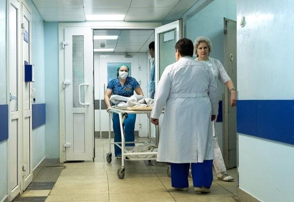 Пациенты делятся историями о психологическом и физическом насилии в российских больницах