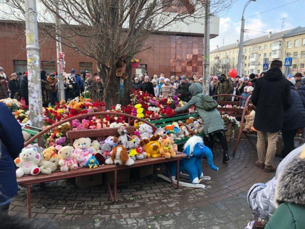 Инициативную группу жителей Кемерово пустили в морг для подсчета количества погибших