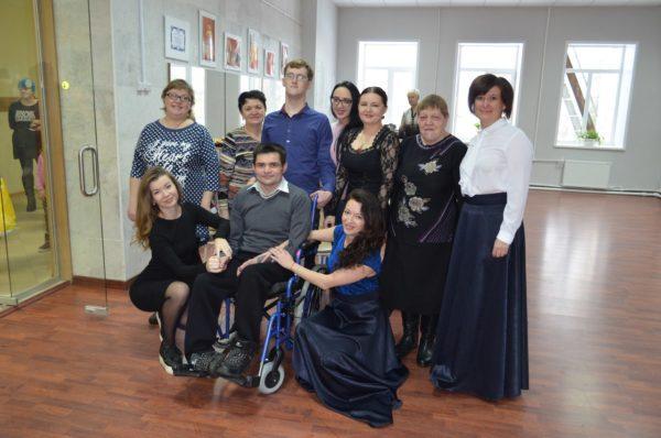 Жители костромского поселка собрали деньги на элетроколяску для земляка-инвалида