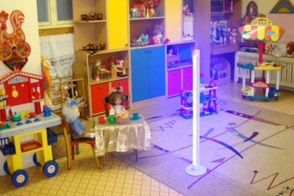 В магаданском детсаду восемь детей получили ожоги глаз из-за сломанной бактерицидной лампы