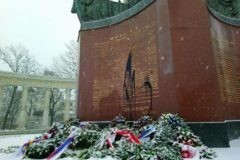 Памятник советским воинам в Вене осквернен в третий раз