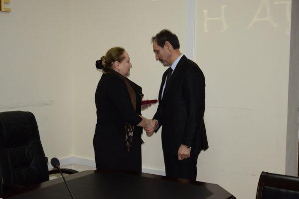 В Дагестане наградили казака, защищавшего прихожан во время нападения на кизлярский храм