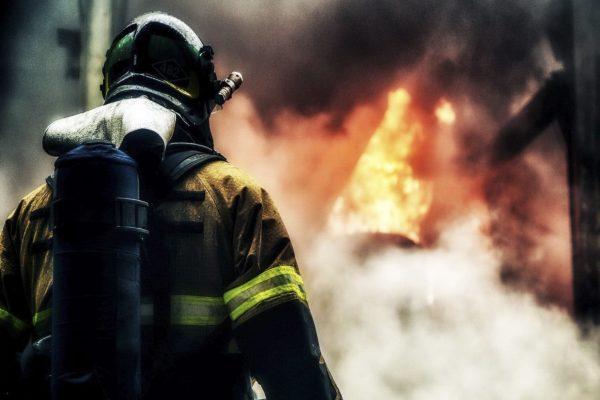 Каждый гарнизон выживает как может. Пожарный о системе изнутри
