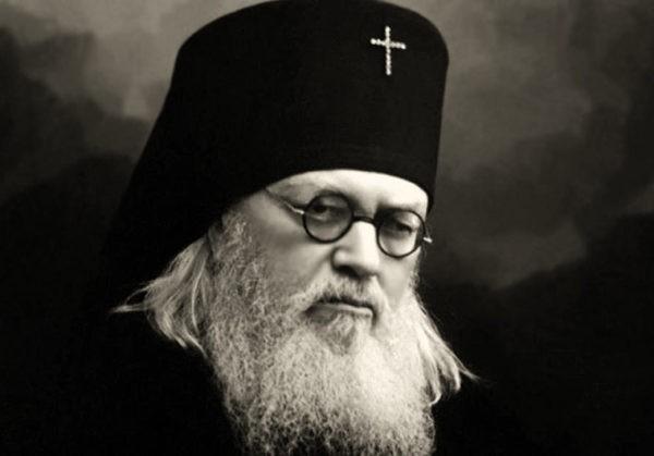 Святитель Лука (Войно-Ясенецкий): «Раненые салютовали мне… ногами»