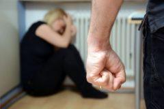 В России почти в три раза увеличилось количество жалоб на домашнее насилие