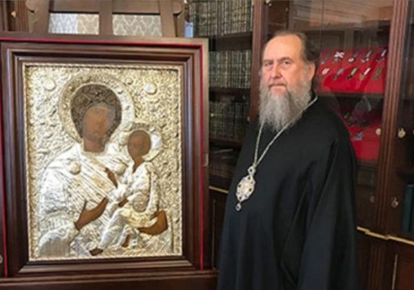 Президент Казахстана на Пасху подарил верующим республики чудотворную икону Богоматери