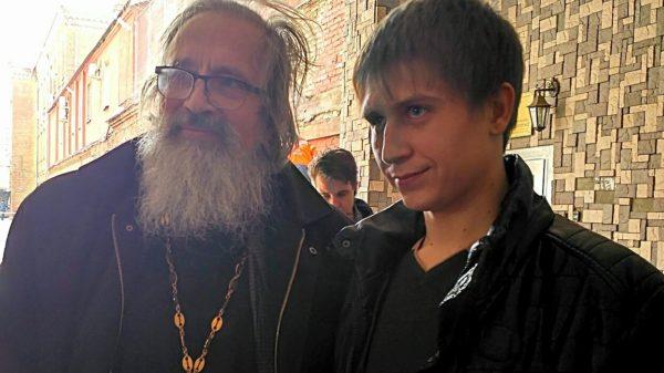Максим Хохлов вышел на свободу