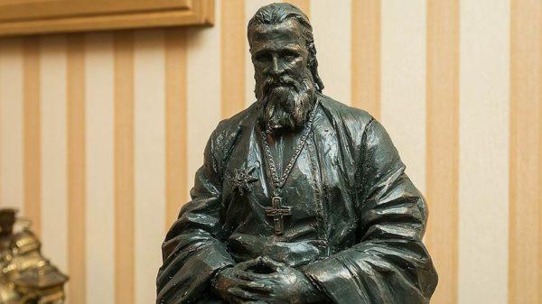 В России, США и Германии установят одинаковые памятники Иоанну Кронштадтскому
