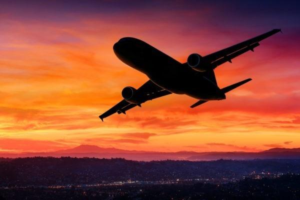 В Алжире разбился военный самолет: погибли более ста человек