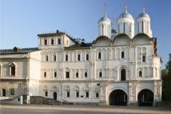 Церковь Двенадцати апостолов в Кремле открыли после реконструкции