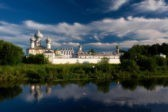 Тихвинский монастырь затопило из-за паводка
