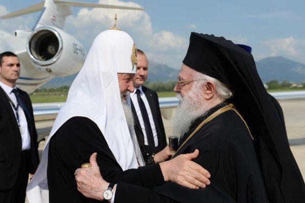 Патриарх Кирилл совершает первый в истории визит в Албанию