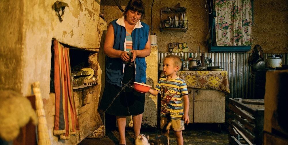 Высокие зарплаты и поддержка семей — как правительство выполняет свои обещания