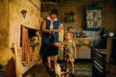 Высокие зарплаты и поддержка семей – как правительство выполняет свои обещания