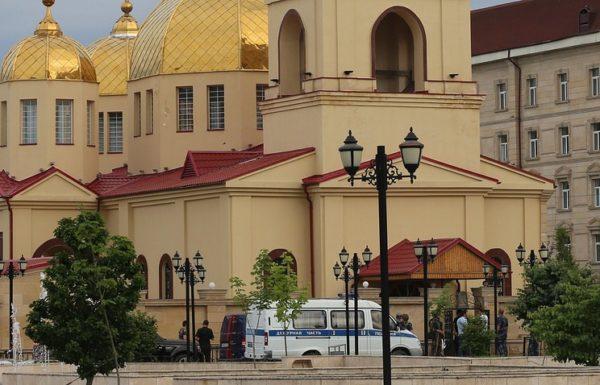 Главы традиционных религий призвали  не допустить межрелигиозной розни после нападения на храм в Грозном
