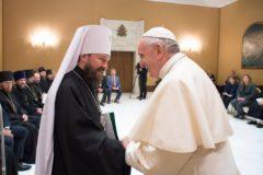 Ватикан поддержал единство Русской Церкви