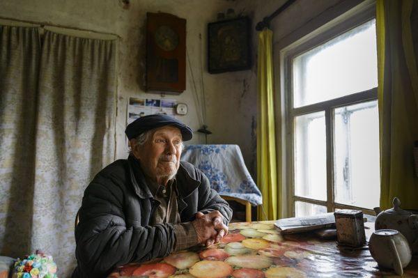 Одинокий пенсионер из Коми пожертвовал детям миллион – он копил его 64 года