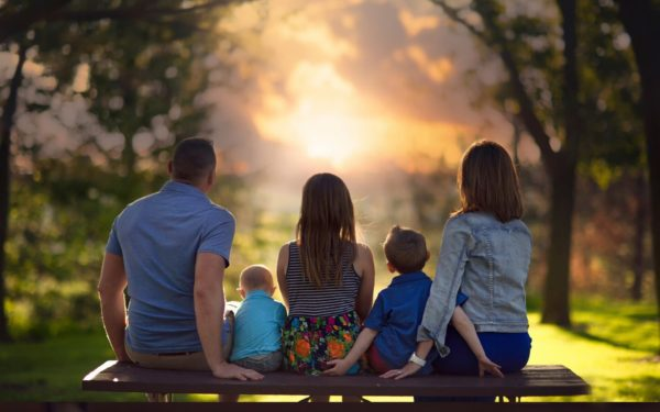 Минтруд: 70% бедных россиян – семьи с детьми