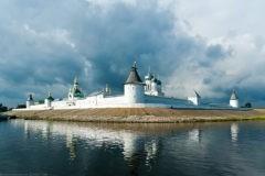 Похищенные иконы Макарьевского монастыря передадут Патриарху Кириллу