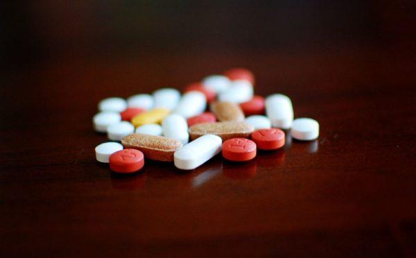 Благотворительные фонды требуют исключить запрет импорта американских лекарств