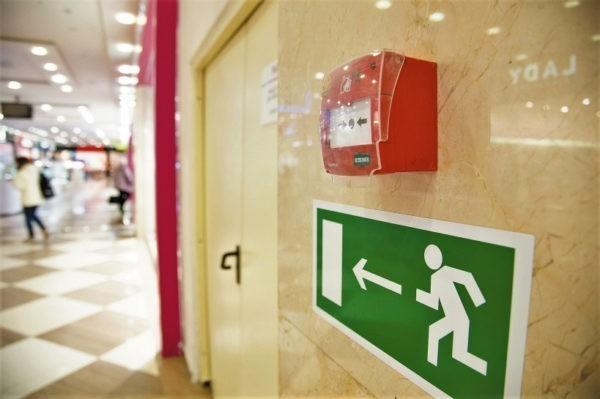 МЧС: Почти треть российских ТЦ нарушают нормы пожарной безопасности