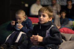 «Мы не бьем и кормим» – но что еще нужно детям, которые лишились семьи
