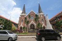 Теракты в церквях Индонезии: 11 человек погибли, десятки ранены