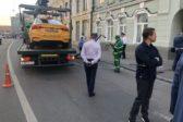 В Центре Москвы такси въехало в толпу пешеходов, пострадали 8 человек
