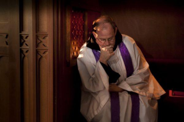 «Я убил человека, пистолет еще теплый» – действительно ли в Англиканской Церкви отменили тайну исповеди