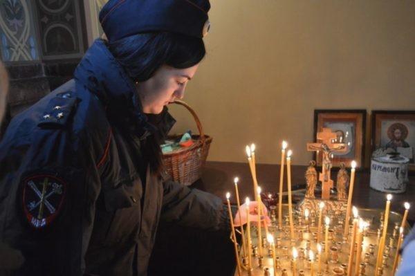 Во всех храмах России молитвенно помянут погибших сотрудников полиции