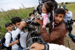 The Guardian опубликовала 34 тысячи имен беженцев, погибших по пути в Европу