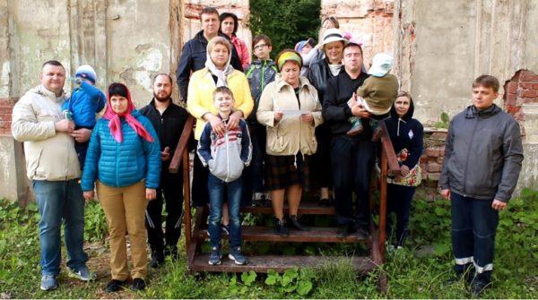 Чеховские прихожане просят президента помочь восстановить их храм