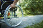 Американский болельщик подарил россиянину инвалидную коляску за $10 тысяч