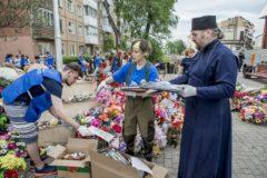 В Кемерово разбирают народный мемориал у «Зимней вишни»