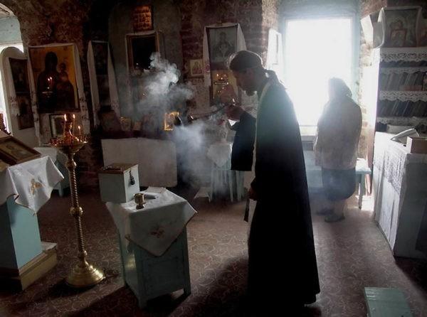 Церковь просит не применять к священнослужителям действующие нормативы условий труда