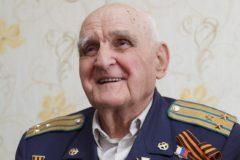 Скончался легендарный летчик ВОВ Иван Леонов – он единственный в мире совершал боевые вылеты с одной рукой