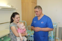 Российские хирурги впервые удалили две опухоли мозга у 9-месячного ребенка