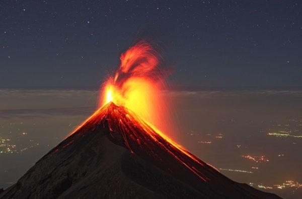70 человек стали жертвами извержения вулкана в Гватемале