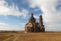 Восстановление храмов вернет жизнь в заброшенные деревни – митрополит Иларион