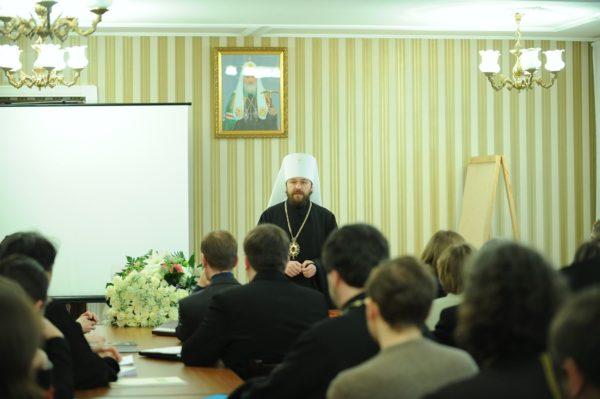Студенты Ближнего Востока учат русский язык в Общецерковной аспирантуре