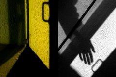 Пытали, били и требовали деньги: Преступники напали на семью черниговского священника