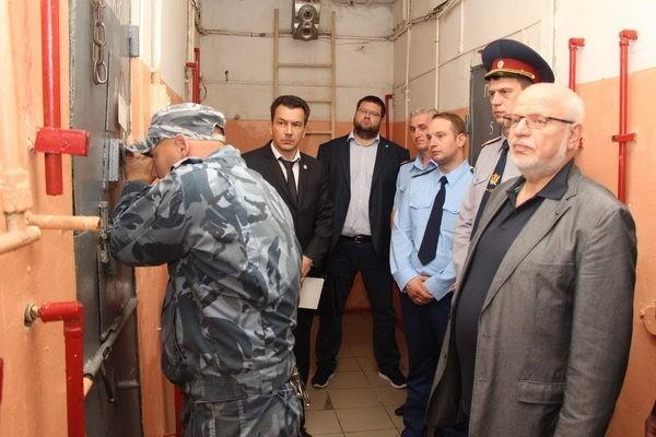 Случаи насилия над заключенными по всей России проверят спецкомиссии ФСИН