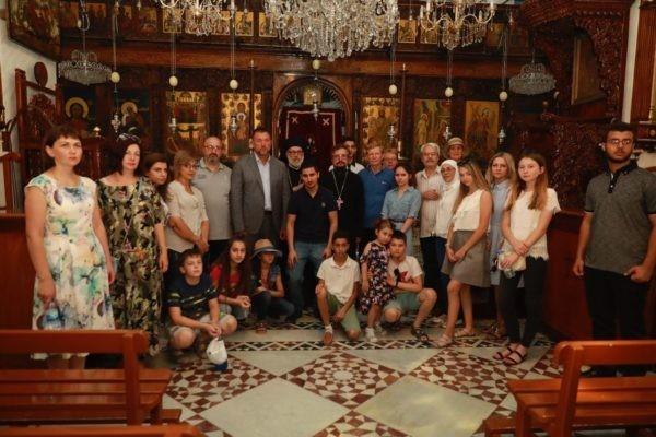 Семьи погибших в Сирии российских военных посетили древние сирийские монастыри