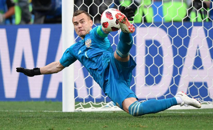 «Сын родится — Игорем назову. Дочь тоже» — как Россия празднует выход в четвертьфинал Чемпионата мира